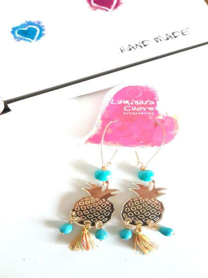 Σκουλαρίκια κρεμαστά ανανάς με τιρκουάζ πέτρες χαολίτη και πολύχρωμη φούντα